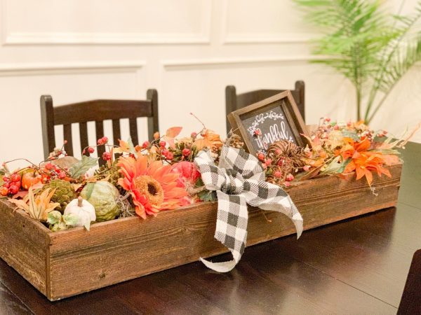 Seasonal Decorating and Interior Design